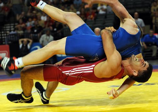 lutadores de wrestling olímpico